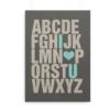 """Alfabetplakat med engelsk alfabet og med teksten """"I (love) U"""" fremhævet"""