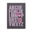 """ABC plakat med engelsk alfabet og med """"I (love) U"""" fremhævet"""